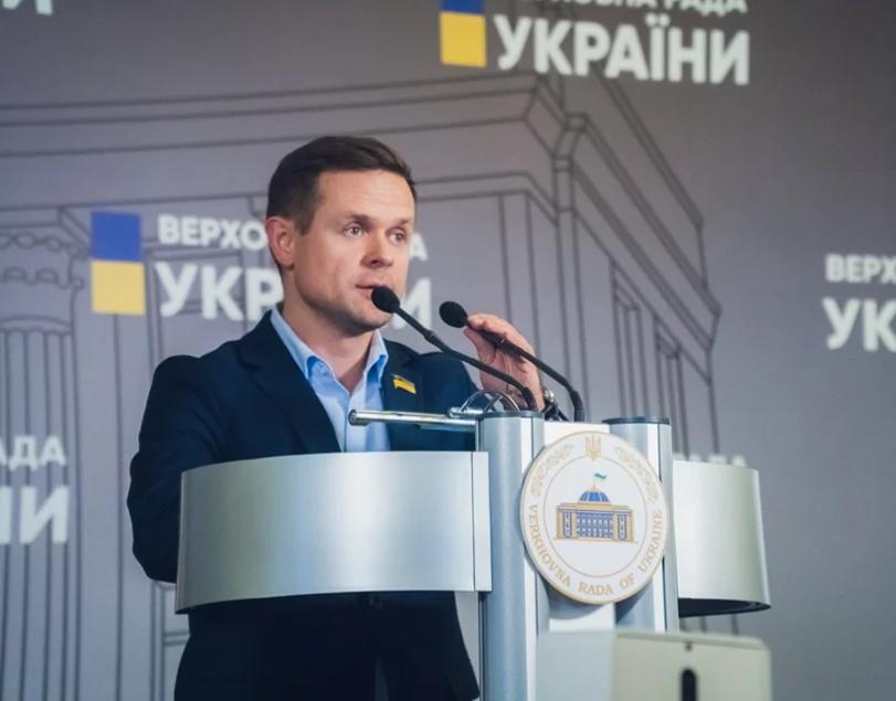 Нардеп Шинкаренко задекларировал семь майнинг-ферм и 220 тысяч долларов наличным
