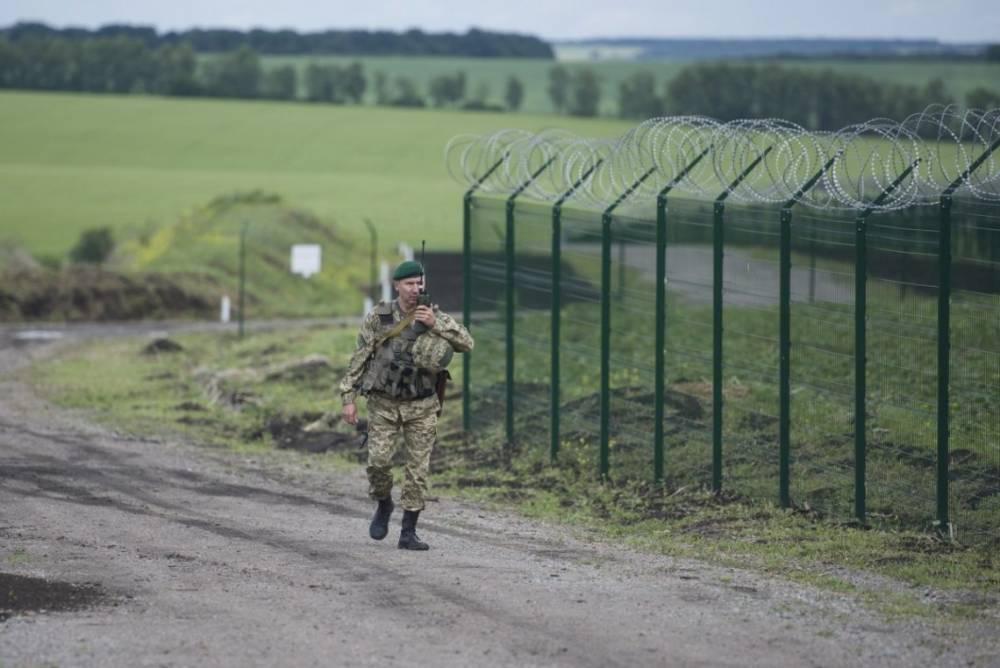 Пограничники просят еще 4,5 млрд гривен на строительство «Стены» Яценюка