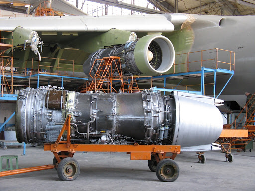 Командование Воздушных сил заказало ремонт авиадвигателей фирме экс-нардепа