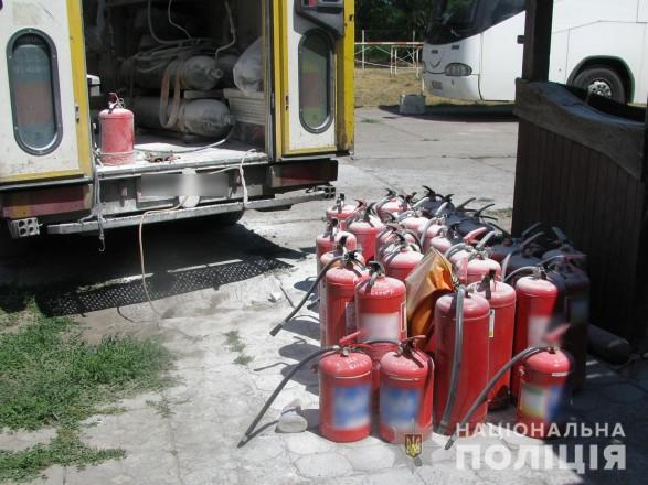 В Полтавской области взрыв огнетушителя на нефтебазе убил человека