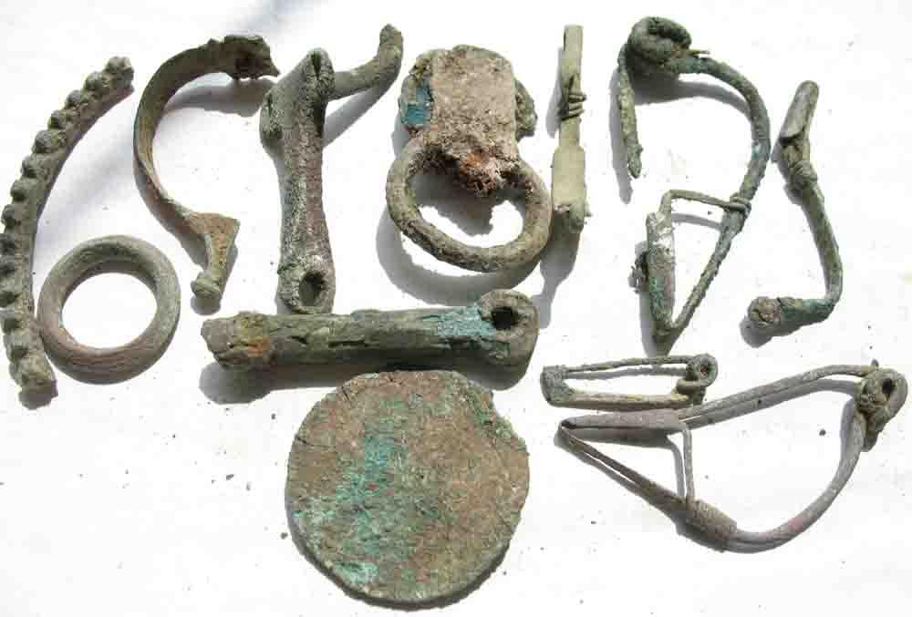 Коллекционеру из Черкасс дали условный срок за попытку контрабанды скифских артефактов