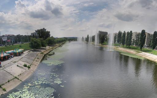 Экс-директора подрядной фирмы подозревают в завладении миллионом гривен на ремонте Русановского канала