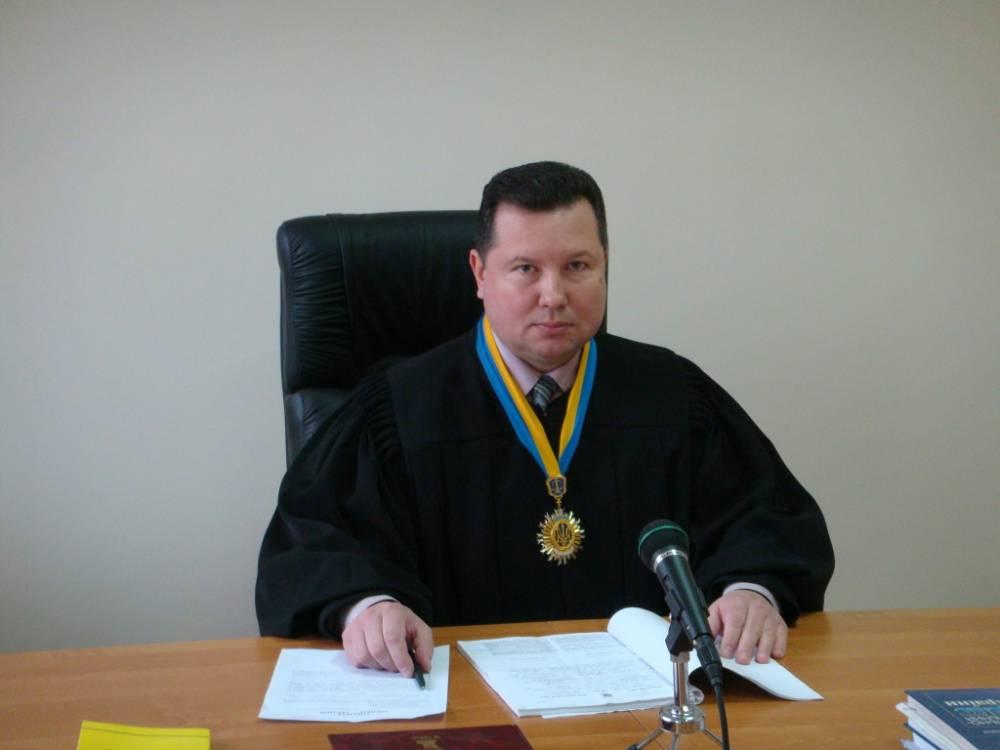 ВСП объявил выговор судье за небрежность и лишил премии