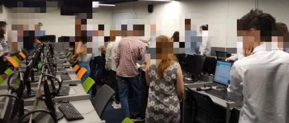 В Киеве закрыли call-центры, которые обслуживали мошенников