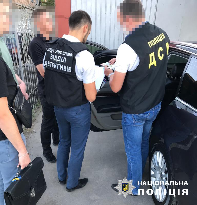 Чиновники «Укртрансбезопасности» попались на вымогательстве взяток в Виннице и Хмельницком