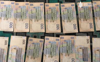 Армейский медик вымогал откат в 1 млн гривен
