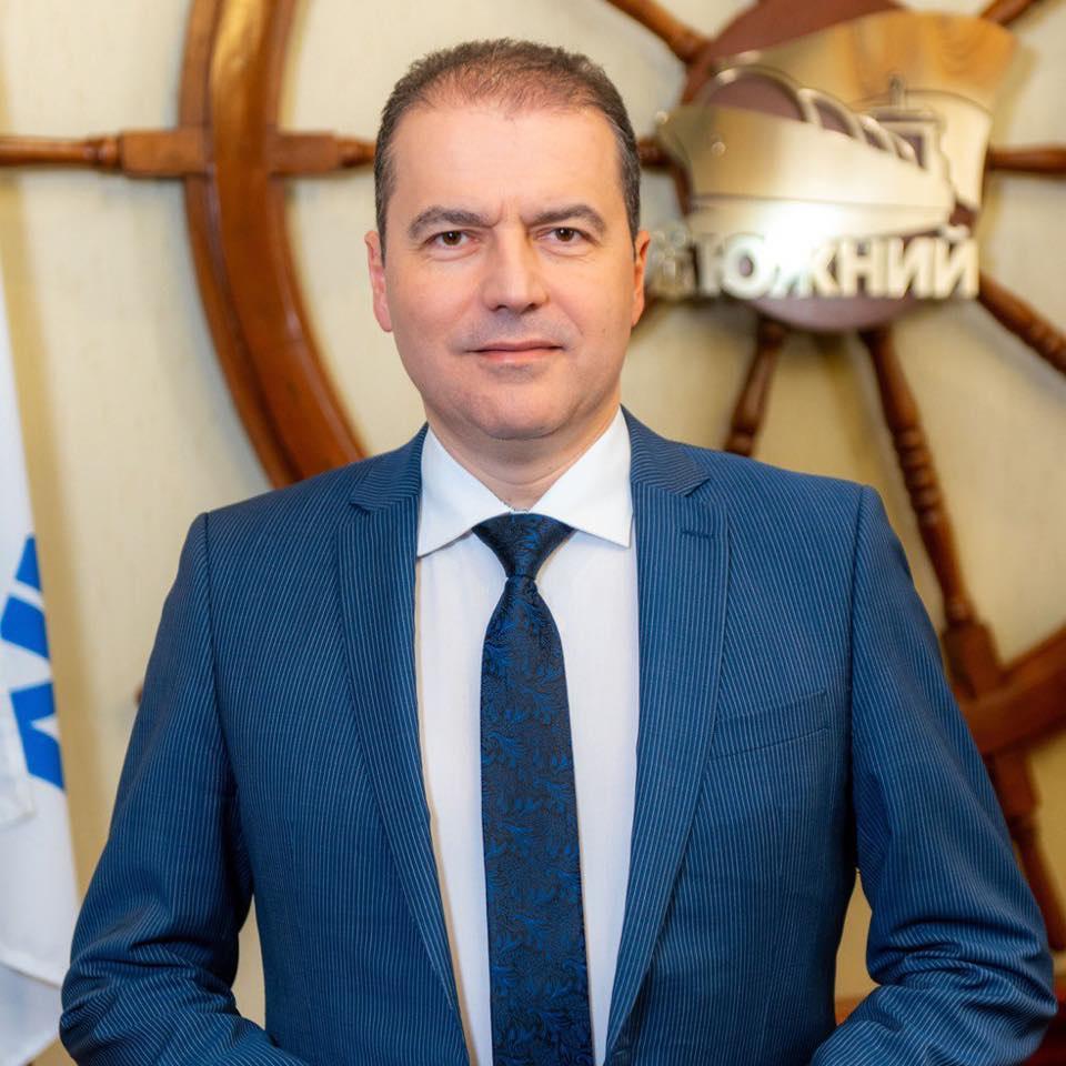 Олейник не намерен покидать кресло директора порта Южный