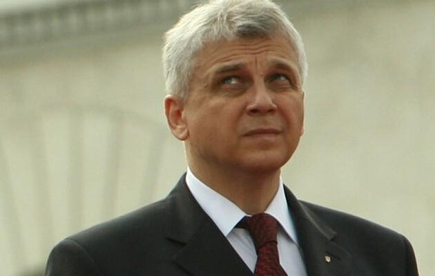 Судимый за коррупцию бывший замминистра обороны хочет стать заместителем Уруского