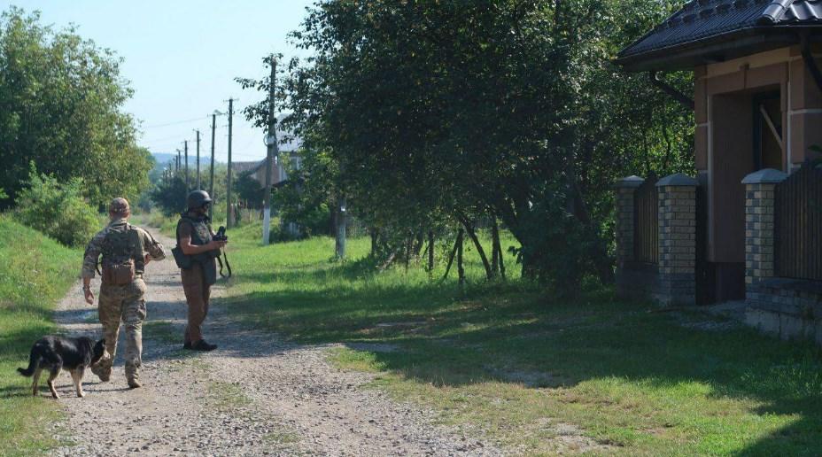 В Ивано-Франковской области у гаража судьи нашли гранату