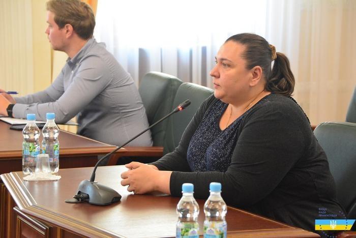 Судью Хозсуда Сумской области уволили за пренебрежение обязанностями