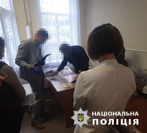 В Винницкой области члены медкомиссии брали взятки у инвалидов