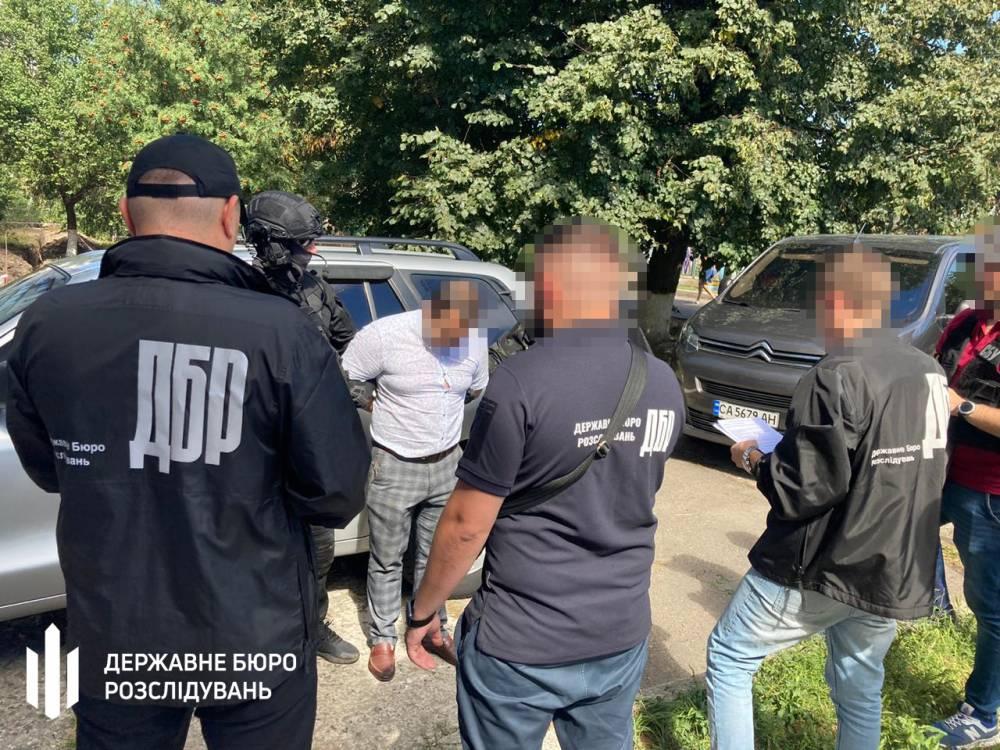 В Смеле прокурор и начальник отделения полиции «крышевали» игорный бизнес