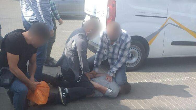 В Славянске задержали местного жителя, заказавшего убийство парня бывшей жены