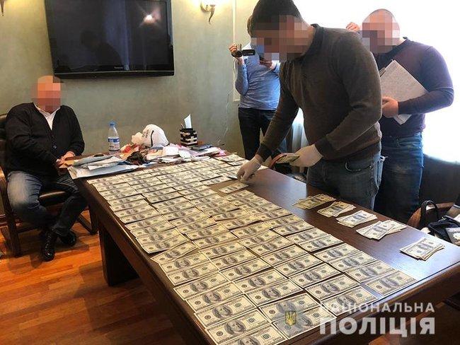 Топ-чиновник Минюста пытался продать должность за 55 тысяч долларов