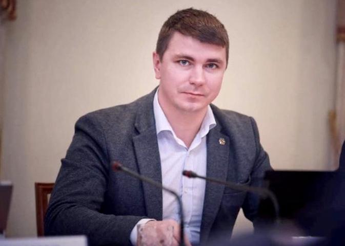 В Киеве неизвестные избили нардепа Полякова
