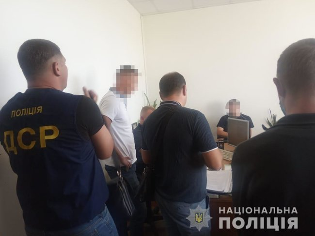 В Житомирской области коммунальщик попался на взятке