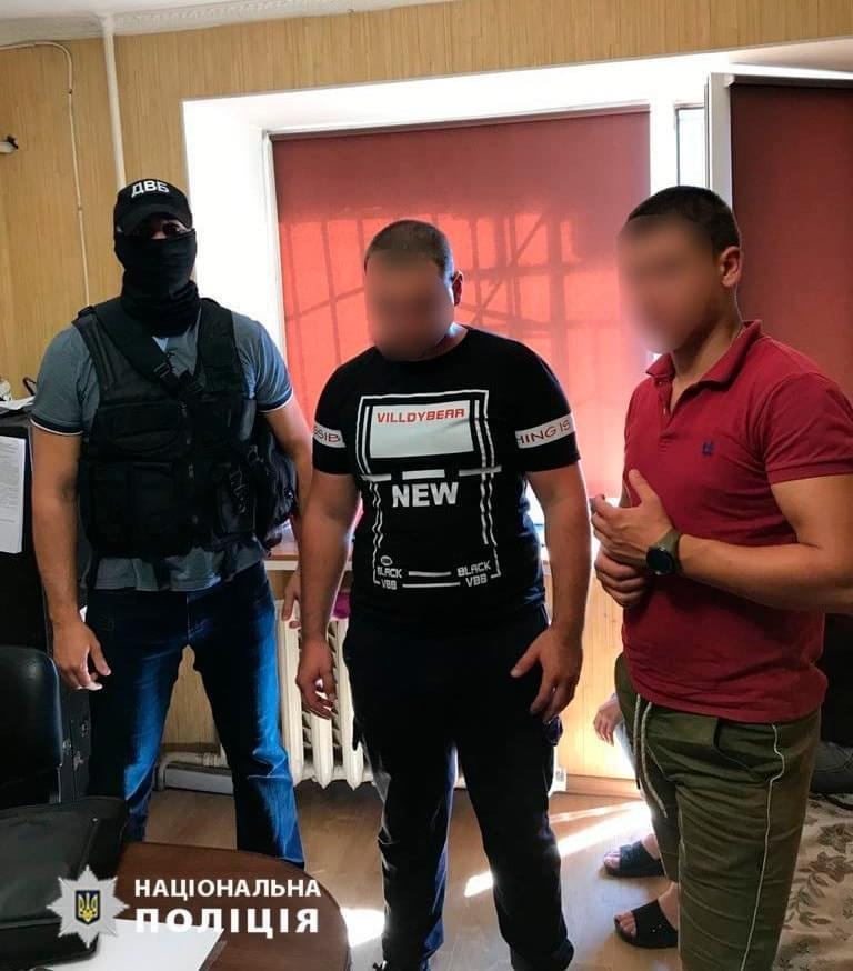 В Одессе задержали двух туристов, напавших на полицейского