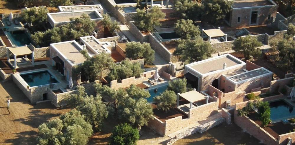 Экс-депутат Вакарчук отдыхает в турецком отеле, где сутки стоят минимум 840 долларов