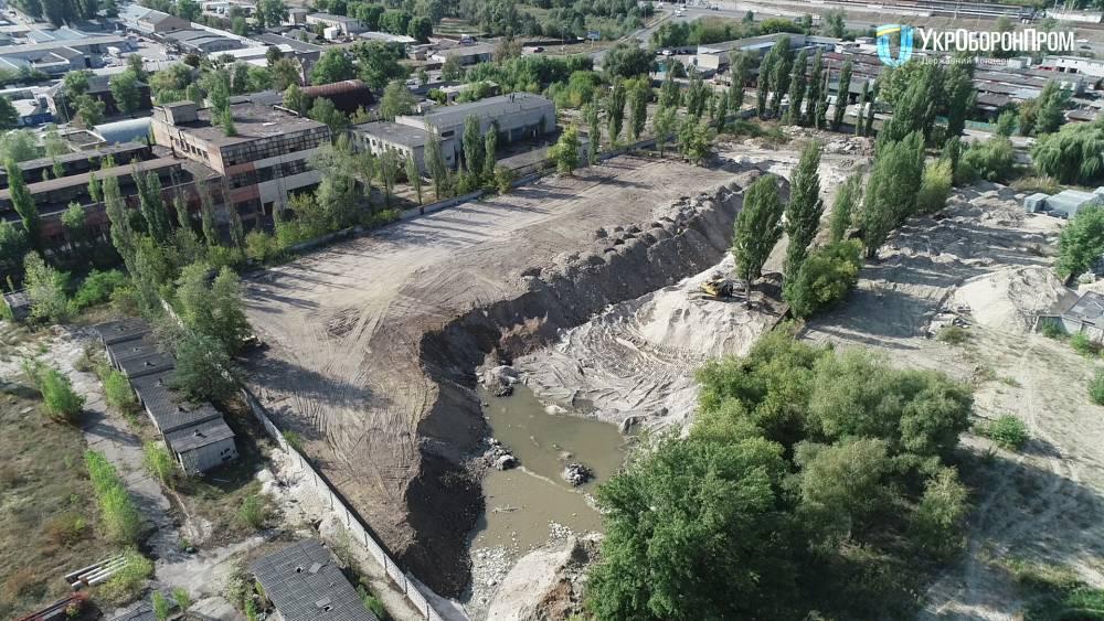 «Укроборонпром» разоблачил нелегальную добычу песка на территории завода «Буревестник»