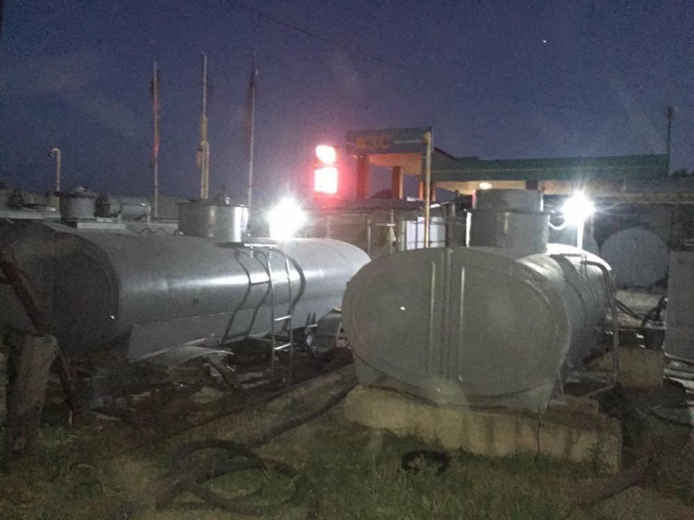 В Русской Лозовой действовал подпольный цех по производству топлива из российского сырья