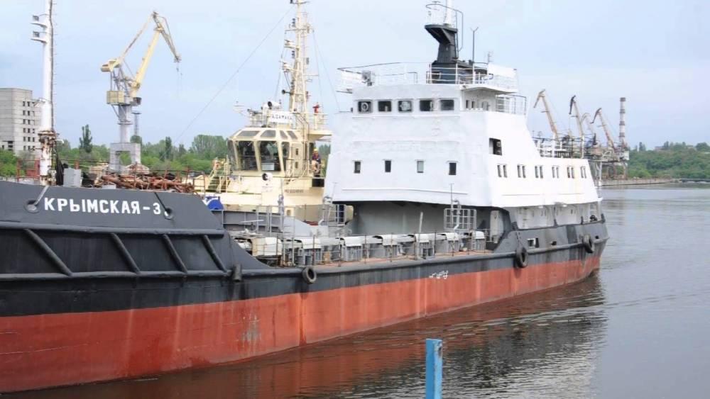 В «Дельта-Лоцман» доверили ремонт шаланды экс-чиновнику Морской спасательной службы, отклонив выгодные предложения