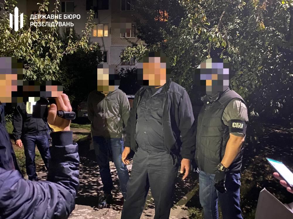 В Запорожской области полицейский вымогал у наркоторговца 50 тысяч гривен