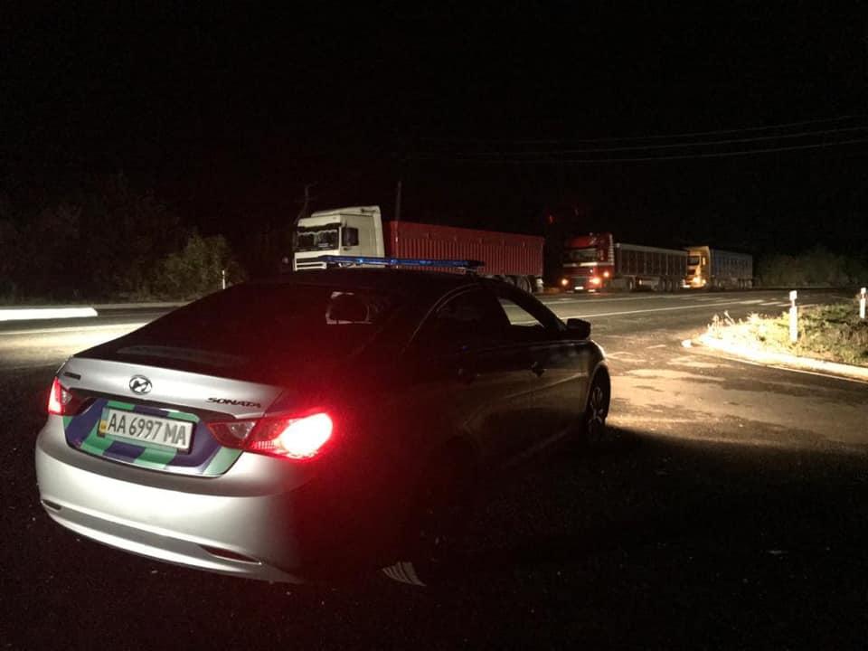 В «Укртрансбезопасности» заявили, что водители грузовиков саботируют процесс взвешивания