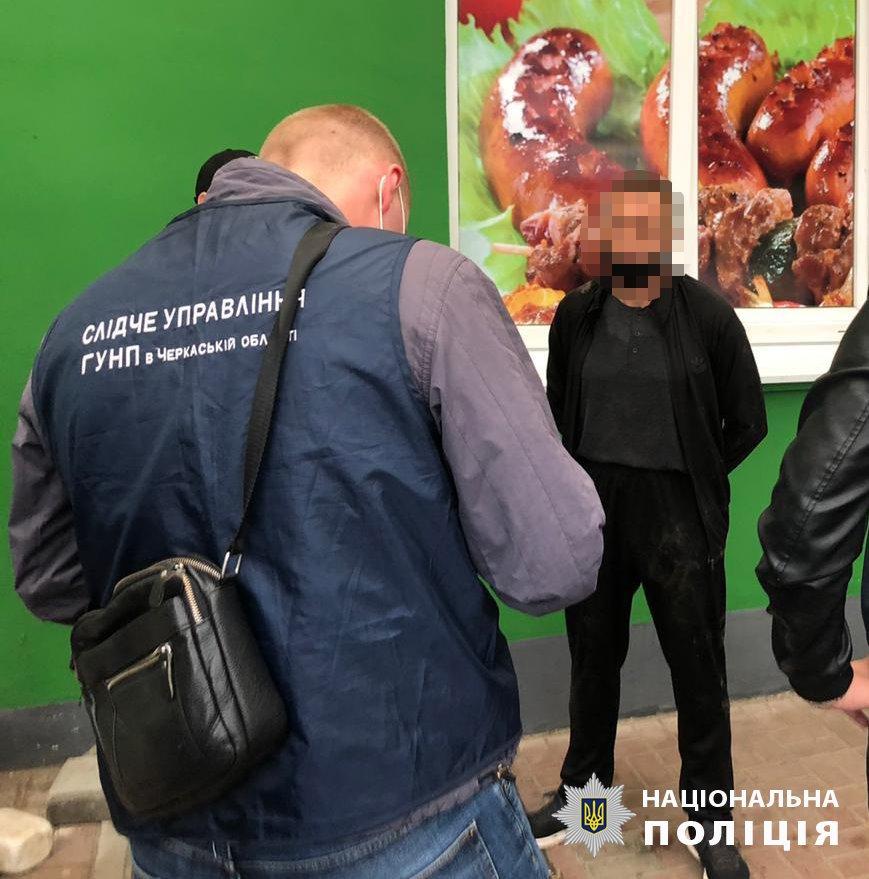 В Черкассах задержали рэкетиров, вымогавших деньги у предпринимателей