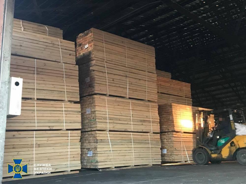 В Житомирской области раскрыли нелегальную схему экспорта древесины