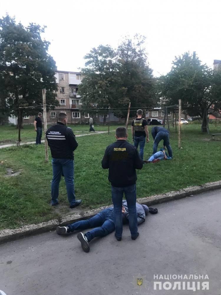 В Червонограде задержали группу вымогателей