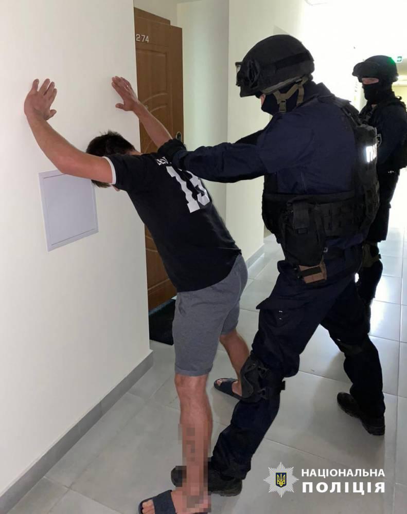 В Харькове разоблачили банду, бравшую деньги у арестантов СИЗО
