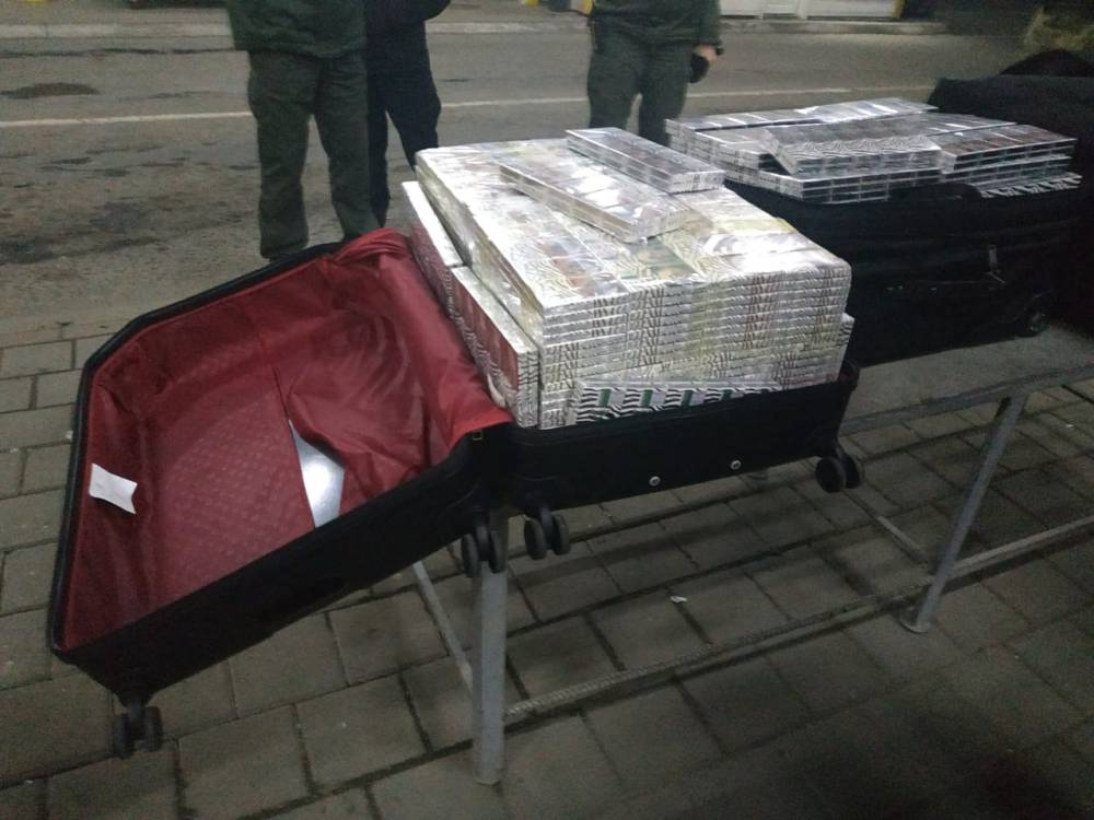 Через Закарпатскую таможню в ЕС везут контрабанду под видом «дипломатических» грузов