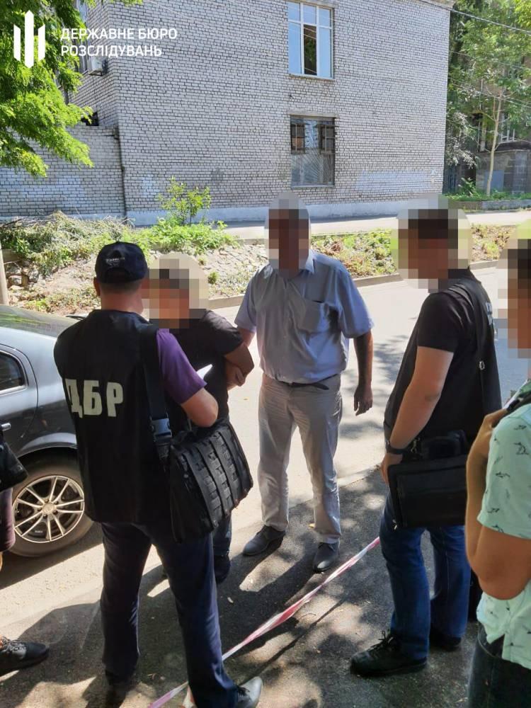 В Днепре офицер полиции вымогал «дань» у бизнесмена