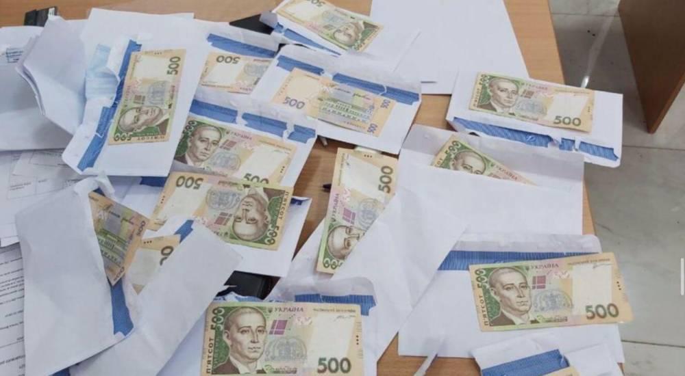 Кандидату в депутаты Киевского горсовета вручили подозрение в подкупе избирателей