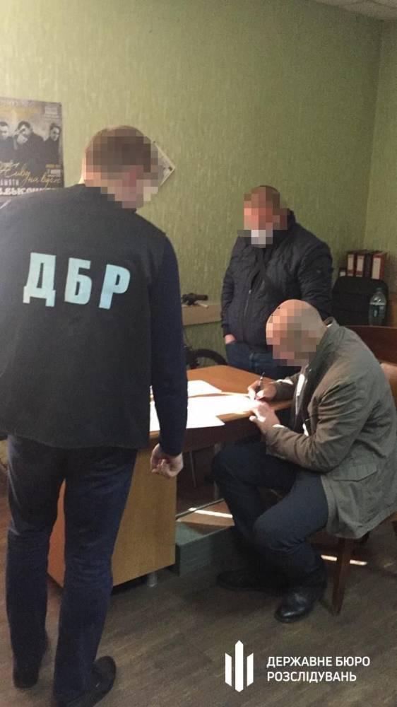 В Кривом Роге полицейские украли похищенные драгоценности стоимостью в 130 тысяч гривен
