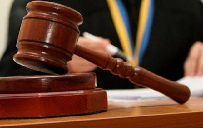 Государственного исполнителя из Жолквы за вымогательство взятки наказали штрафом
