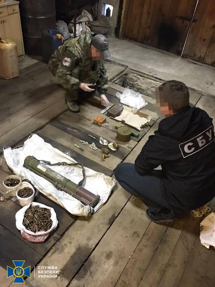 В Житомирской области задержали организатора группировки, поставлявшей оружие уголовникам