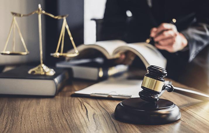 В Хмельницкой области адвоката подозревают в пособничестве в хищении средств коммунального предприятия
