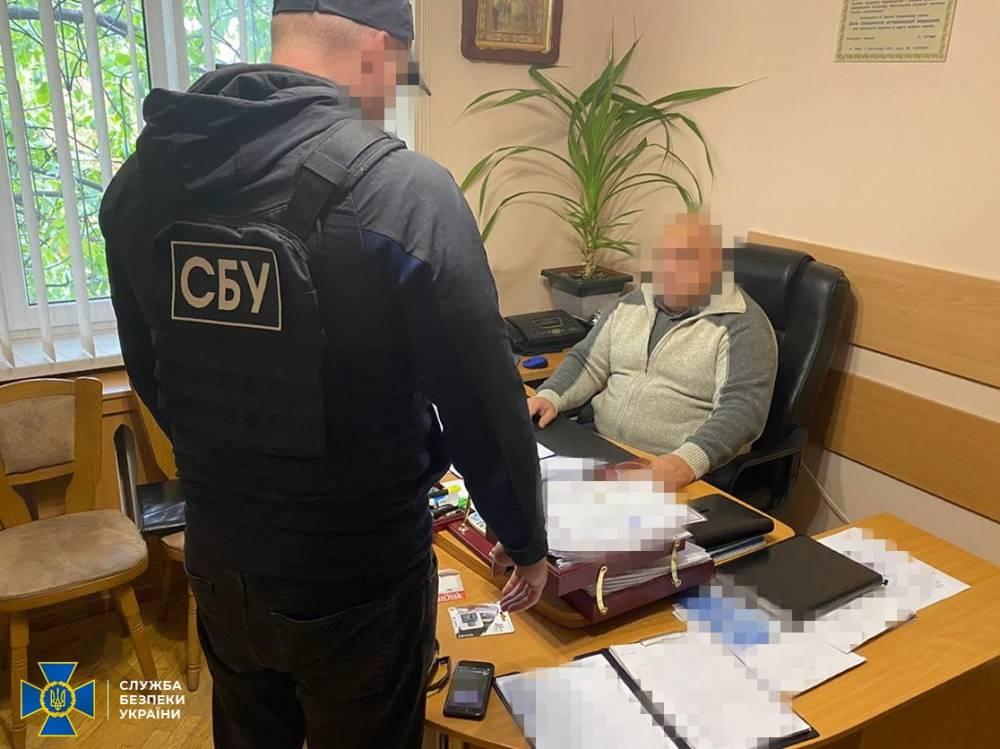 В Броварах глава районного управления Госпродпотребслужбы попался на взятке