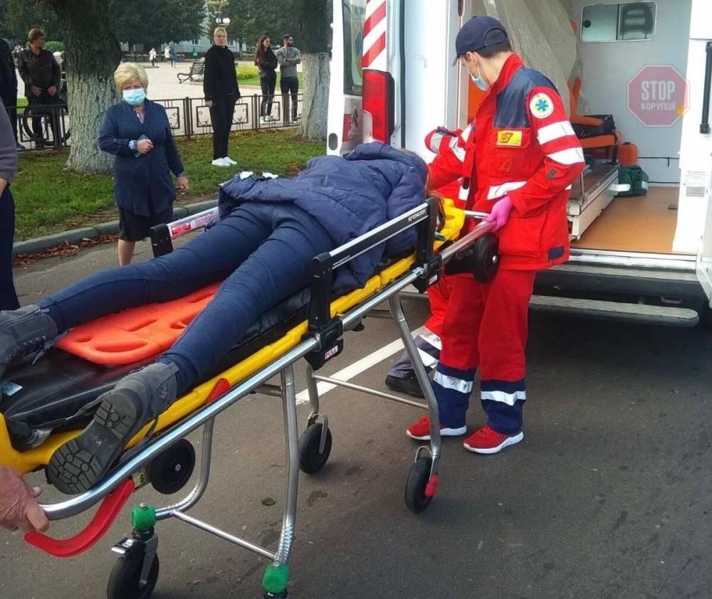 В Борисполе прокурор на Mercedes-Benz сбила пешехода