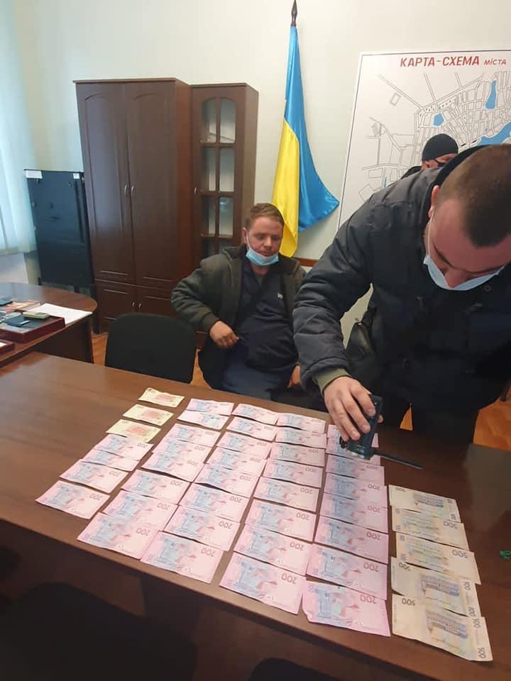 В Баштанке предпринимателя задержали за взятку руководителю полиции