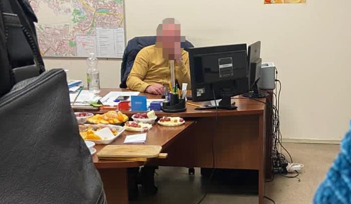 Чиновник Соломенской РГА в Киеве попался на взятке