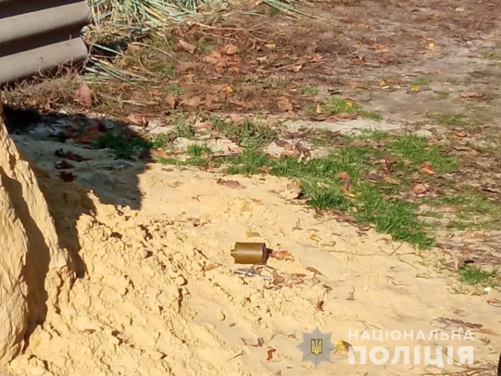 В Харькове мужчина при обыске угрожал полиции гранатой