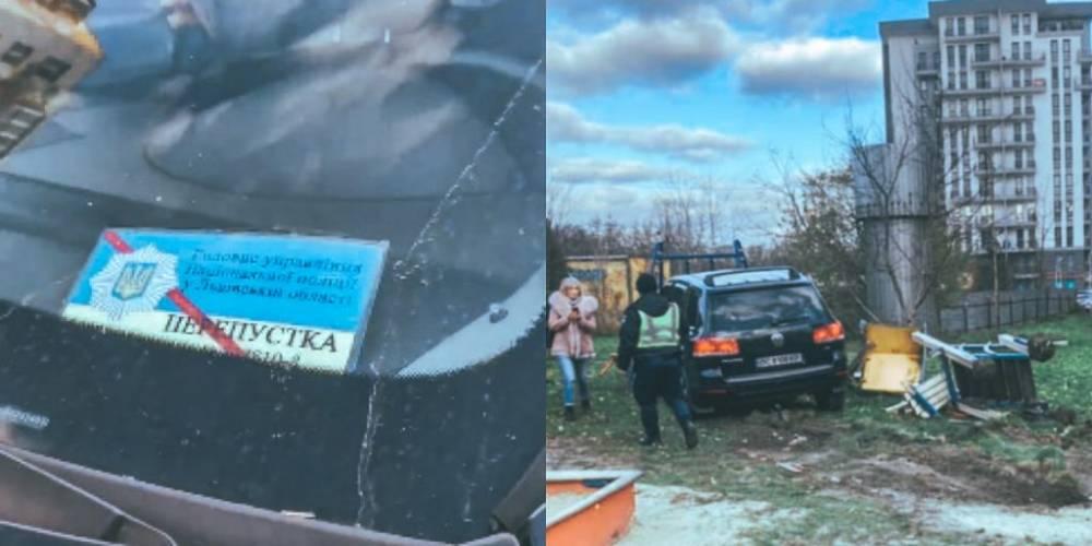 Во Львове пьяный полицейский разбил три машины и въехал в детскую площадку