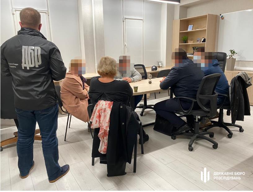 Экс-главе правления «Вектор Банка» вручили подозрение в хищениях