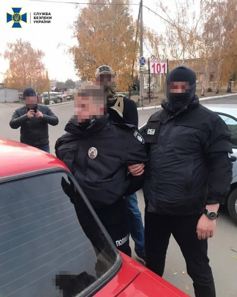 В Мелитополе следователь полиции требовал взятку у наркодилера