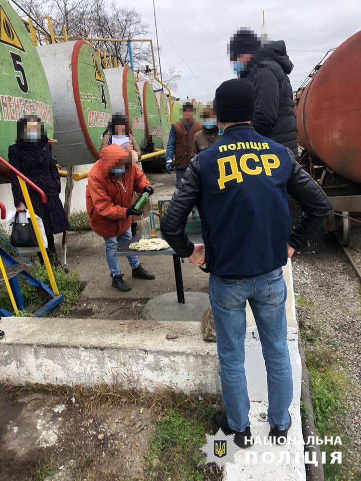 Работники локомотивного депо «Укрзализныци»  в Кировоградской области попались на краже топлива