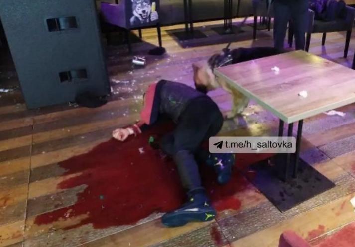 В Харькове человека забили бутылками за стрельбу в ресторане