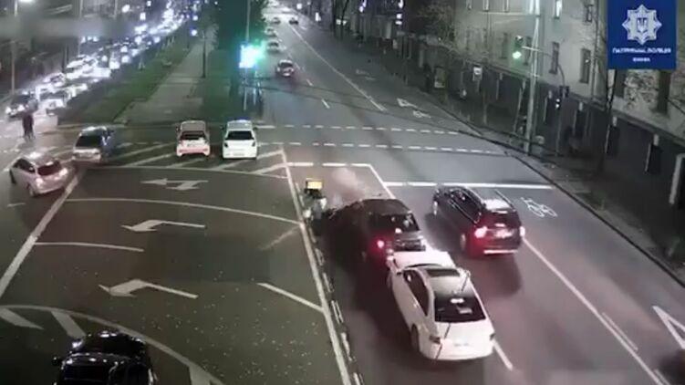 В Киеве судья попал в аварию
