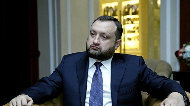 Арбузов через суд обязал украинских силовиков возобновить расследование против себя